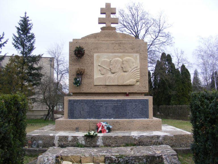 Az I.és II. világháborúban elesettek emlékére