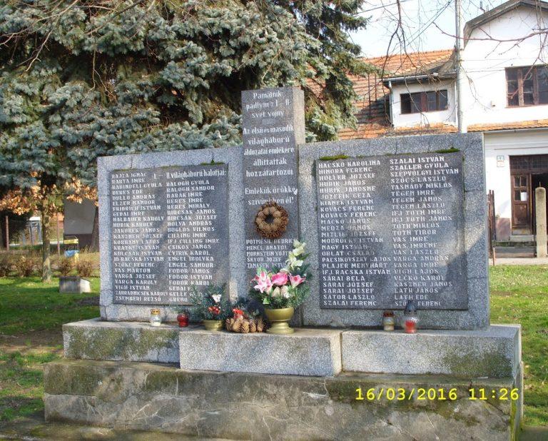 A II. világháborúban elesett Köbölkútiak emlékére.